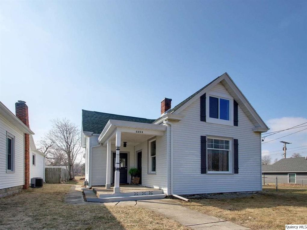 1224 Spruce St Quincy, IL 62301