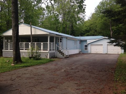 Photo of 106 Deer Run Rd, Forestport, NY 13338
