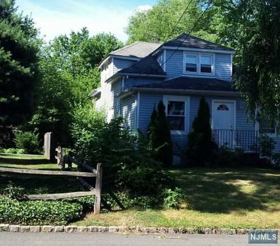 Homes For Sale On Gibson Blvd Clark Nj