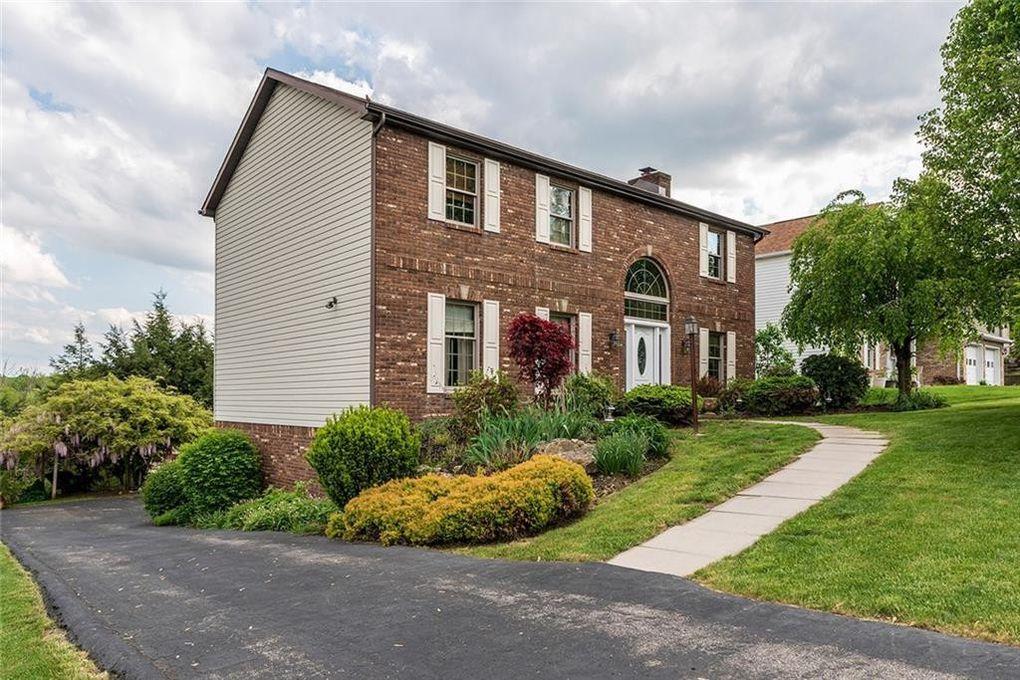 1436 Colony Dr, Hempfield Township, PA 15601