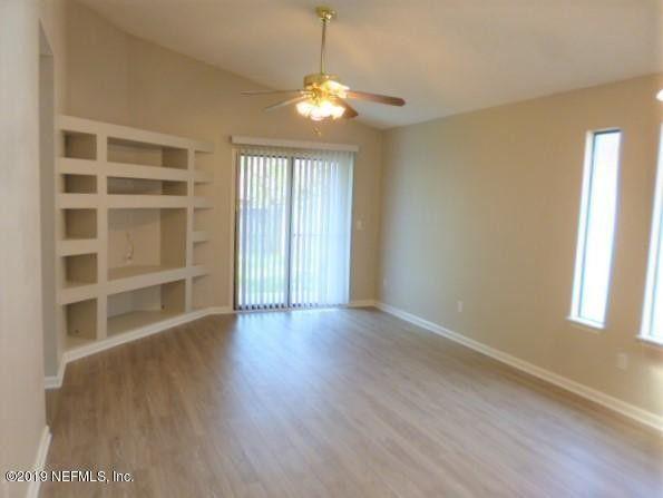 1267 Suffolk Pl, Orange Park, FL 32065
