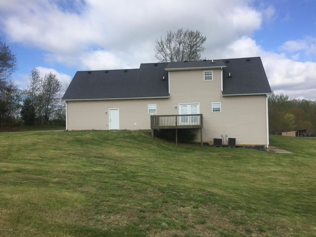 400 Arvel Wise Ln, Rineyville, KY 40162