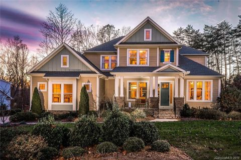 Photo of 1022 Wessington Manor Ln, Fort Mill, SC 29715