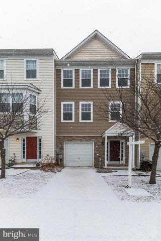 Photo of 348 English Oak Ln, Prince Frederick, MD 20678