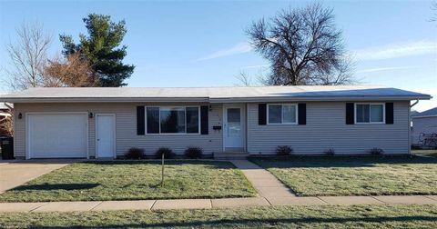 Photo of 313 Elizabeth St, Lodi, WI 53555