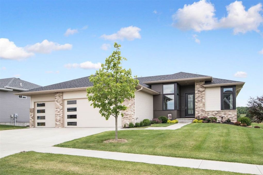 855 Grouse Ln North Liberty, IA 52317