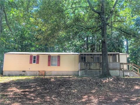 354 Laurel Trce Carrollton GA 30116