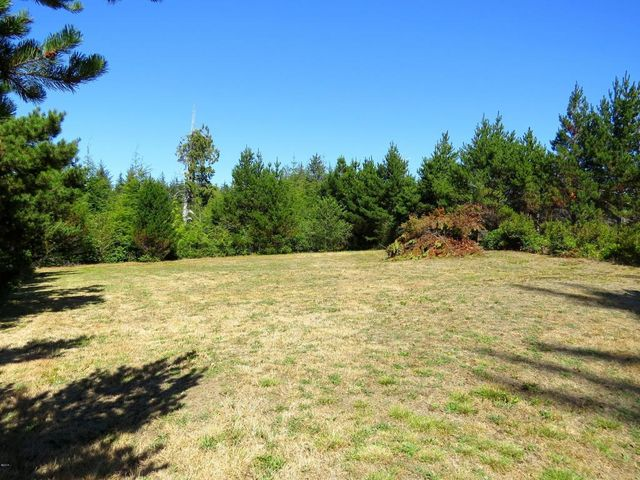 2100 sw newton dr waldport or 97394 home for sale and