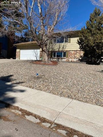 Photo of 5462 Mira Loma Cir, Colorado Springs, CO 80918