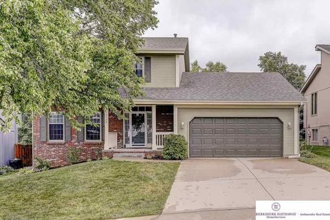 16520 Taylor St, Omaha, NE 68116. House For Sale