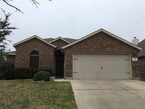 Photo of 628 Kelley Ct, Fort Worth, TX 76120