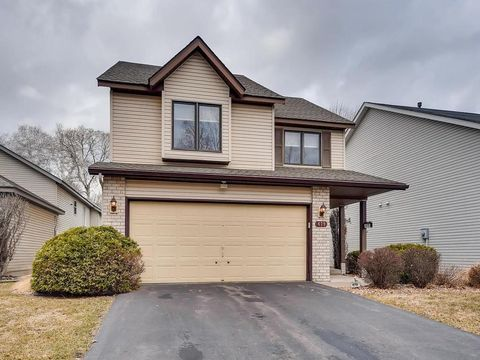 Photo of 479 Poplar Dr, Shoreview, MN 55126