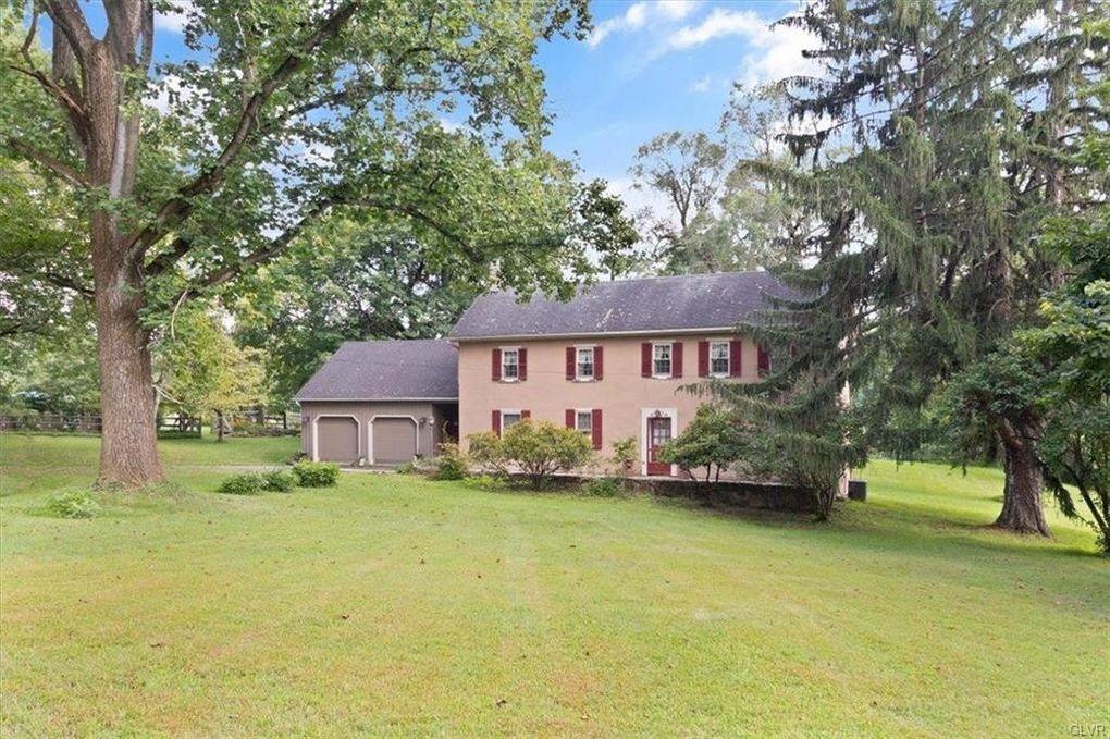 2145 Morgan Hill Rd Williams Township, PA 18042