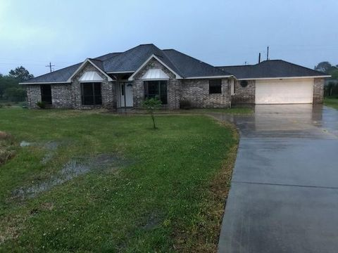 50 County Road 4868, Dayton, TX 77535