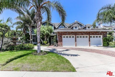 18779 Willowtree Ln, Northridge, CA 91326
