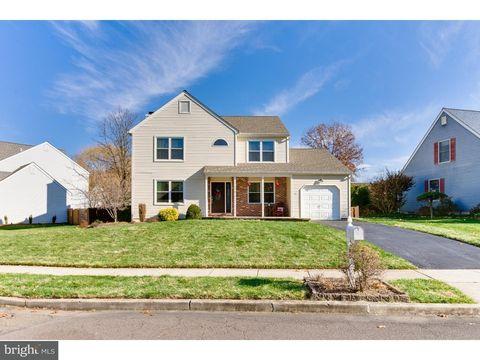 44 Country Ln, Hamilton Township, NJ 08690