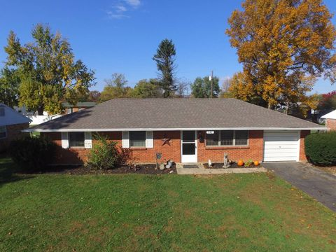 642 Comfort Ln, Washington Court House, OH 43160