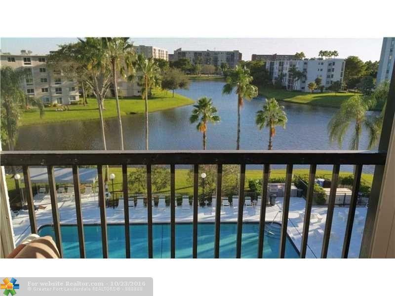 2220 N Cypress Bend Dr Apt 503 Pompano Beach, FL 33069