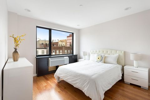 Photo of 31-10 28th Rd Unit 1 A, Queens, NY 11102