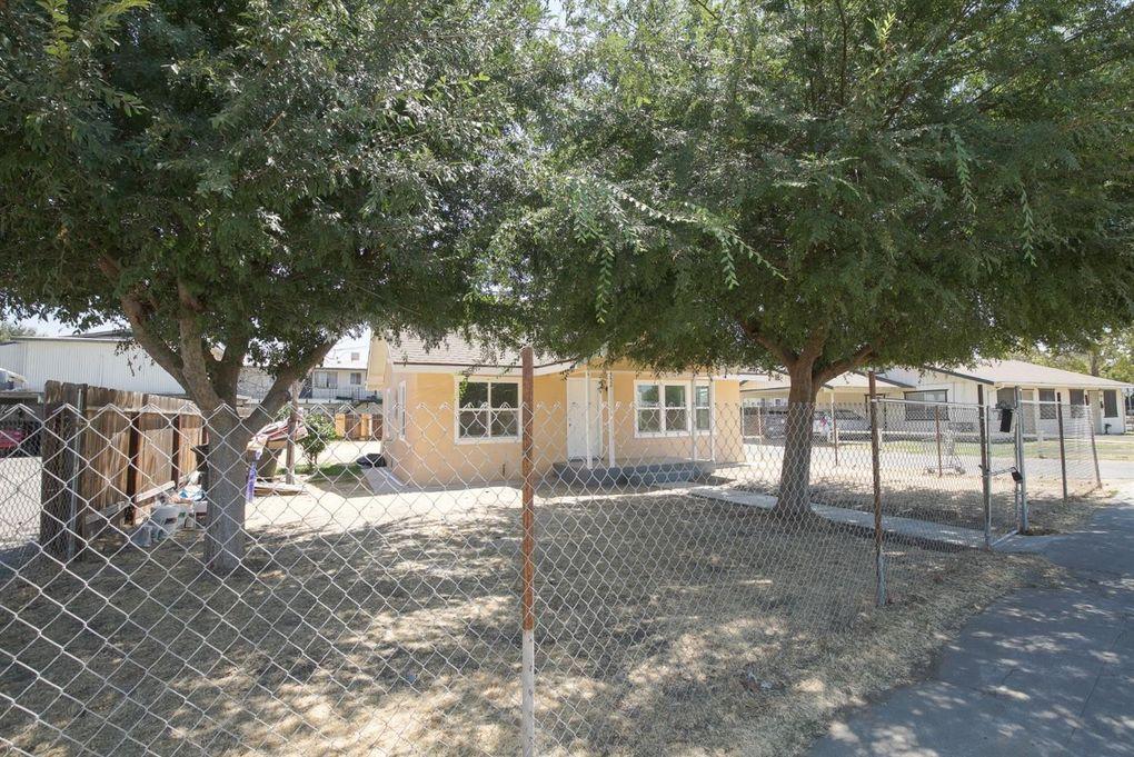 552 N Sunnyside St, Porterville, CA 93257