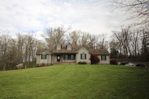 2942 Peonia Rd, Clarkson, KY 42726