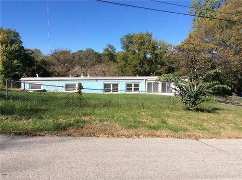 Photo of 2200 S Glenwood Ave, Independence, MO 64052