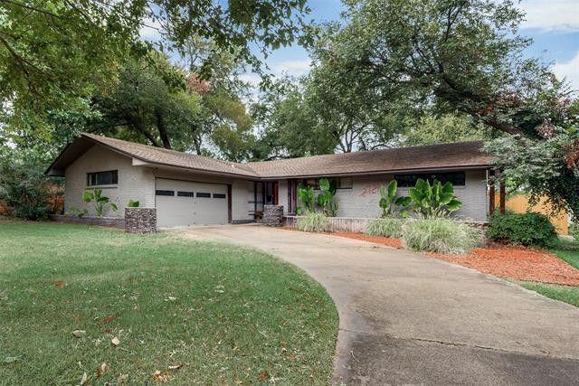 2721 Bonnywood Ln Dallas, TX 75233