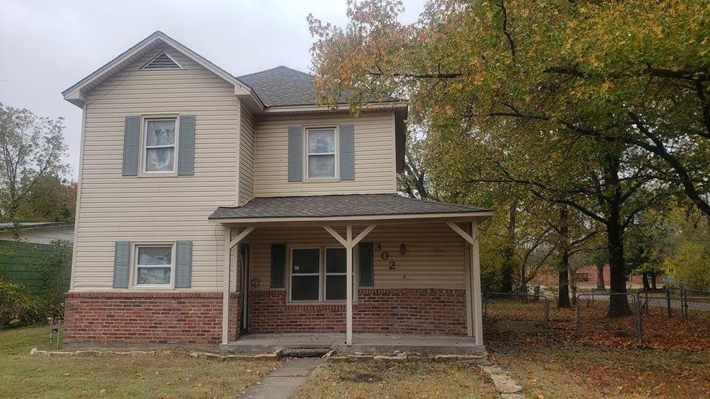 302 W Pine St, Cherokee, KS 66724