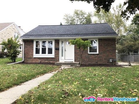Photo of 2922 N 90th St, Milwaukee, WI 53222
