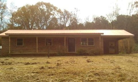 Photo of 877 Big Hill Rd, Pontotoc, MS 38863