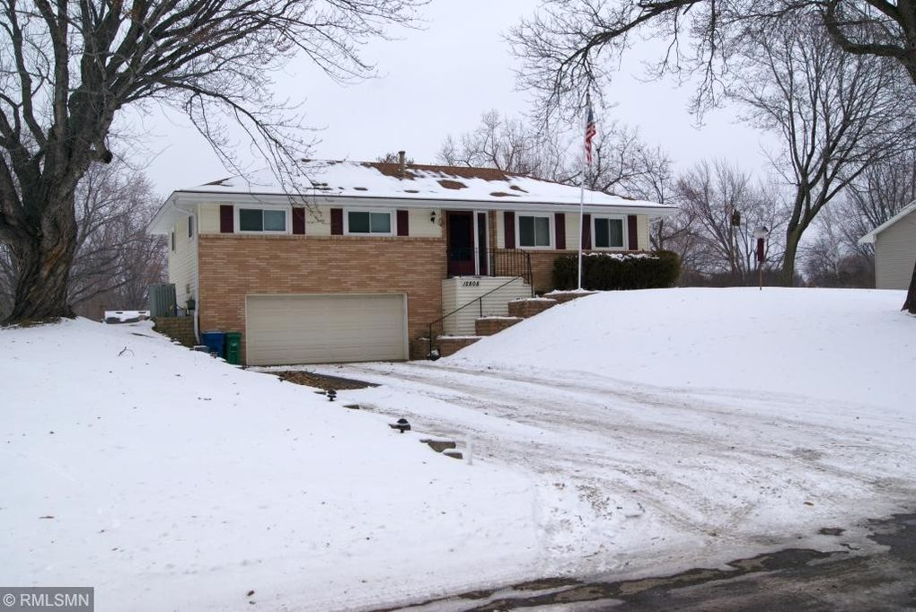 12808 27th Ave N, Plymouth, MN 55441