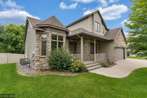 Photo of 2165 Mill Pond Dr, Saint Cloud, MN 56303
