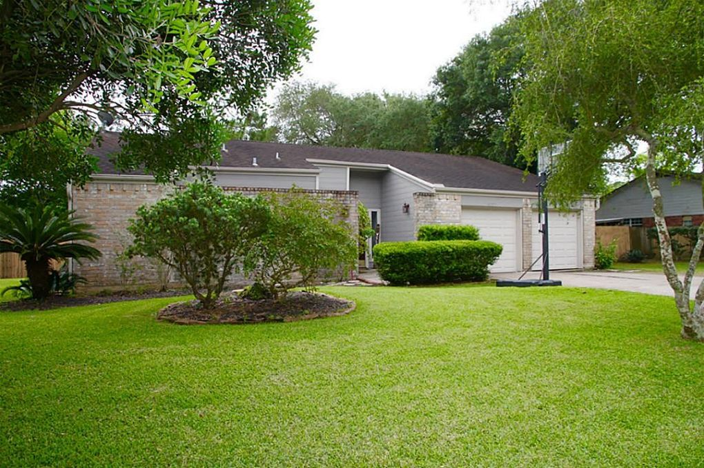 Heritage Estates, Friendswood, Tx Real Estate & Homes For Sale