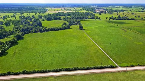 Photo of 1626 County Road 101, Boling, TX 77420