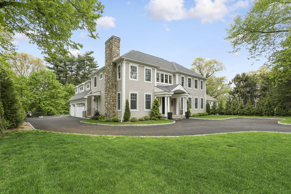 41 Overlook Dr, Greenwich, CT 06830