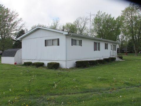 105 Railroad Ave, Cabery, IL 60919