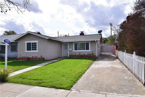 Photo of 300 E Kendall St, Corona, CA 92879