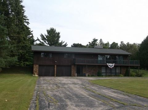 W5670 County Road G, Porterfield, WI 54159
