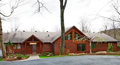 139 Steele Rd, Donegal, PA 15646