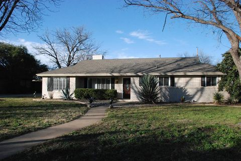 Photo of 2652 A & M Ave, San Angelo, TX 76904
