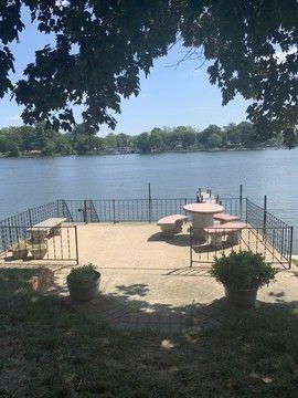 Photo of 178 E Kingston Park Ln, Middle River, MD 21220