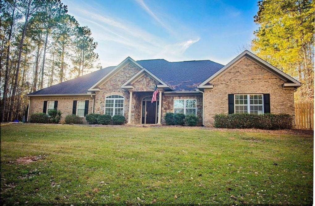 101 Hardwood Ridge Ln, Troy, AL 36081
