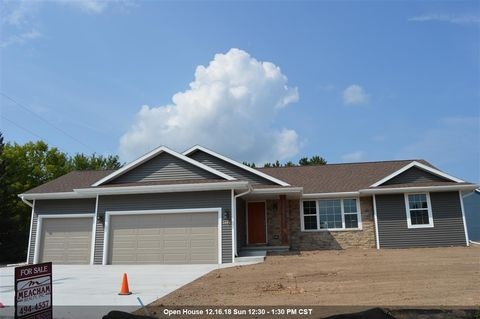 3692 Evergreen Ave, Green Bay, WI 54313