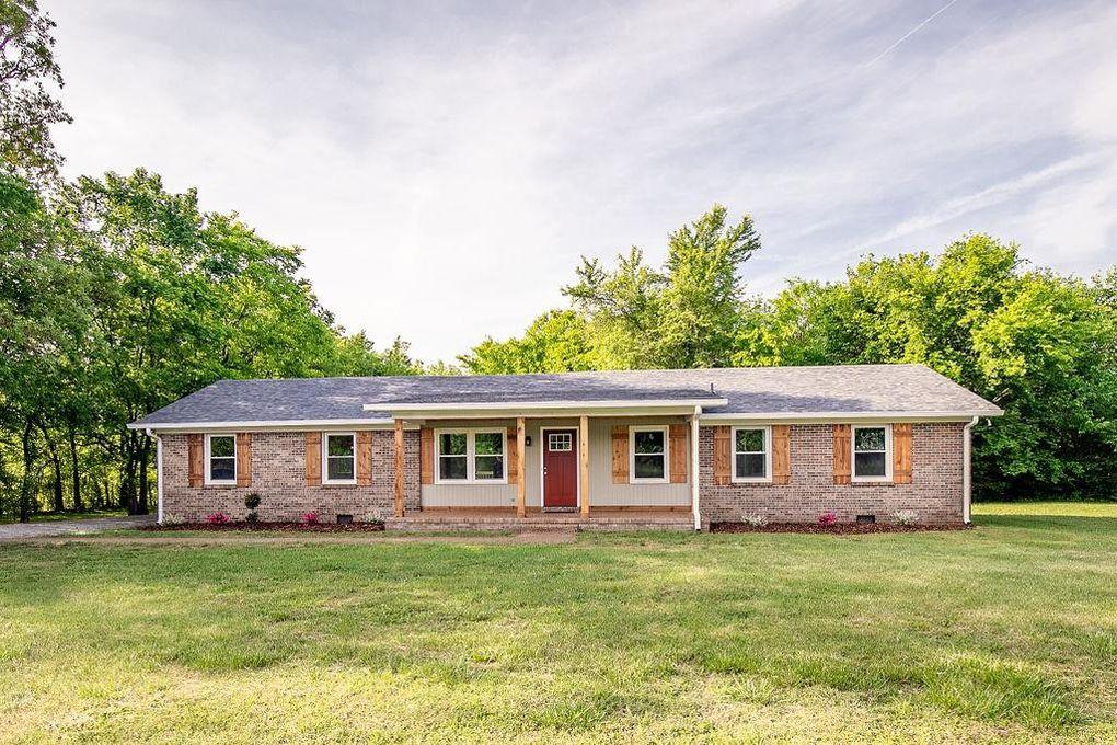 1121 Cherry Ln, Murfreesboro, TN 37129