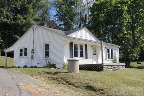154 Wallace Ln, Jefferson, NC 28640