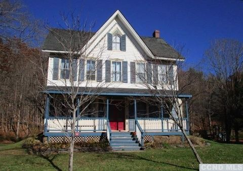 5522 State Route 23, Windham, NY 12496