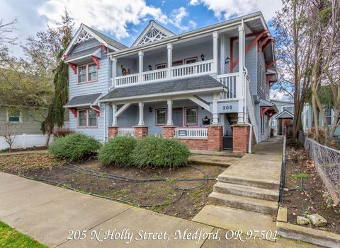Terrific Downtown Medford Medford Or Real Estate Homes For Sale Download Free Architecture Designs Ogrambritishbridgeorg