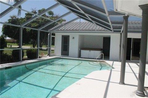 5247 Versailles Ct, Cape Coral, FL 33904
