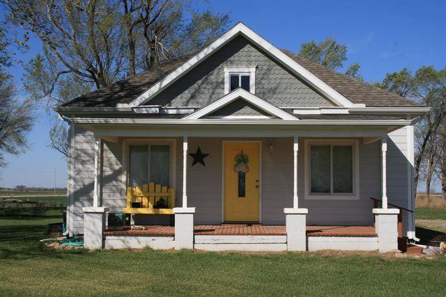 1905 deer rd abilene ks 67410 home for sale and real estate listing. Black Bedroom Furniture Sets. Home Design Ideas