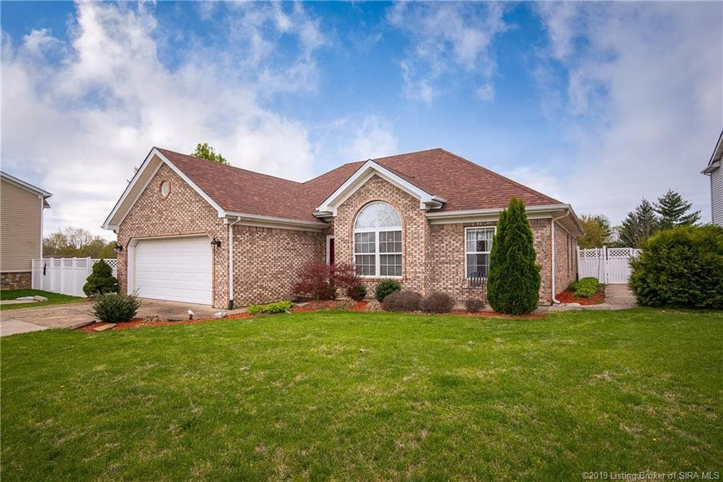 3114 Honeysuckle Ct, New Albany, IN 47150